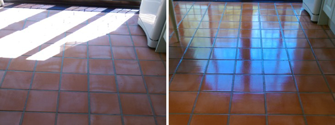 Terracotta-Tiled-Kitchen-Before-After-Cleaned-and-Sealed-in-Willingale